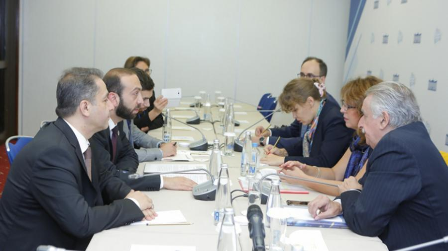Արարատ Միրզոյանը հանդիպել է Ուրուգվայի Ներկայացուցիչների պալատի նախագահ Սեսիլիա Բոտինոյի հետ