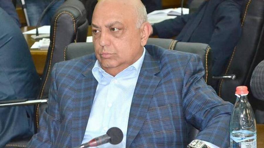 Դատարանը հեռացել է խորհրդակցական սենյակ՝ Աբրահամ Մանուկյանի խափանման միջոցի վերաբերյալ որոշում կայացնելու |armtimes.com|