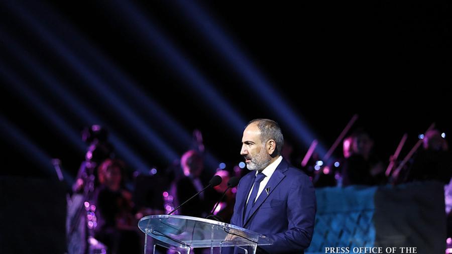 Կառավարությունը շնորհակալ է այն մարդկանց, ովքեր իրենց գործունեությամբ ապացուցում են այն, ինչի մասին մենք ասում ենք. վարչապետը՝ «Մեր ժամանակների հերոսը» մրցանակակիրներին
