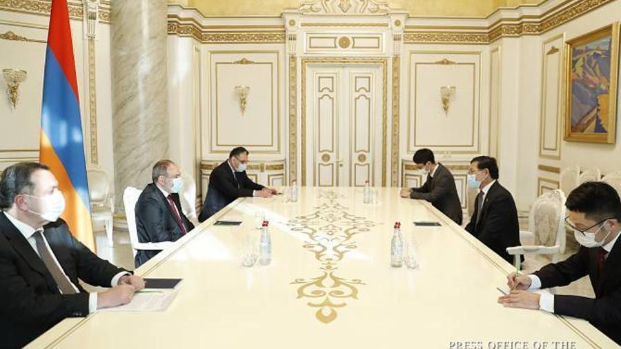 ՀՀ-ն և ՉԺՀ-ն շահագրգռված են համագործակցության զարգացմամբ. վարչապետի և դեսպանի հրաժեշտի հանդիպումը