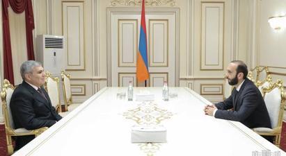 Արարատ Միրզոյանը և Արամ Սարգսյանը քննարկել են Հայաստանի և Արցախի առջև ծառացած մարտահրավերները