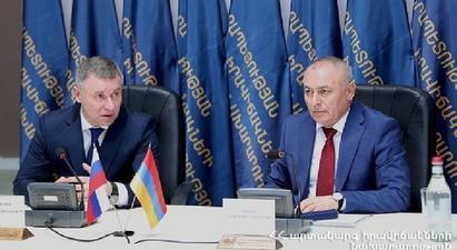 Անդրանիկ Փիլոյանը հեռախոսազրույց է ունեցել ռուս գործընկերոջ հետ