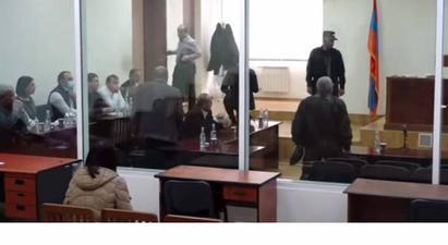 Քոչարյանի և մյուսների գործը մտավ դատաքննության փուլ. պաշտպանները լքեցին նիստերի դահլիճը |armtimes.com|
