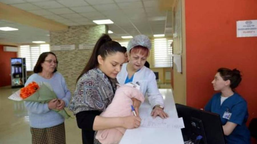 Ռուստամ Բադասյանը մանրամասներ է ներկայացրել Ծննդի գրանցումը՝ ծննդատանը» նախագծի վերաբերյալ