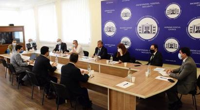ԲԴԽ անդամները Ռուստամ Բադասյանի հետ քննարկել են արդարադատության ոլորտի բարեփոխումների ընթացքը