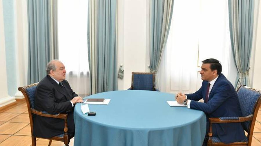 Արմեն Սարգսյանն ու Մարդու իրավունքների պաշտպանը քննարկել են հայ– ադրբեջանական սահմանին տիրող իրավիճակը