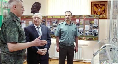 Վաղարշակ Հարությունյանն այցելել է ՀՀ-ում ՌԴ ԱԴԾ սահմանապահ վարչություն