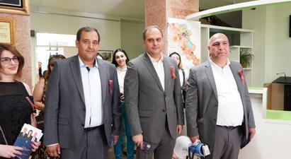 «Զարթոնք» ազգային քրիստոնեական կուսակցության թեկնածուները շրջել են Կենտրոնի փողոցներով |armenpress.am|