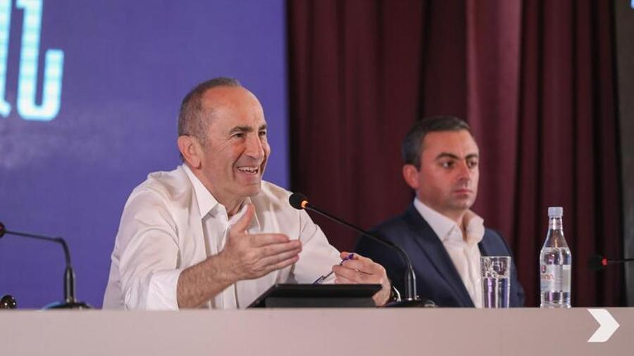 Robert Kocharyan claims he hasn't had any relations with the authorities since 2008   hetq.am
