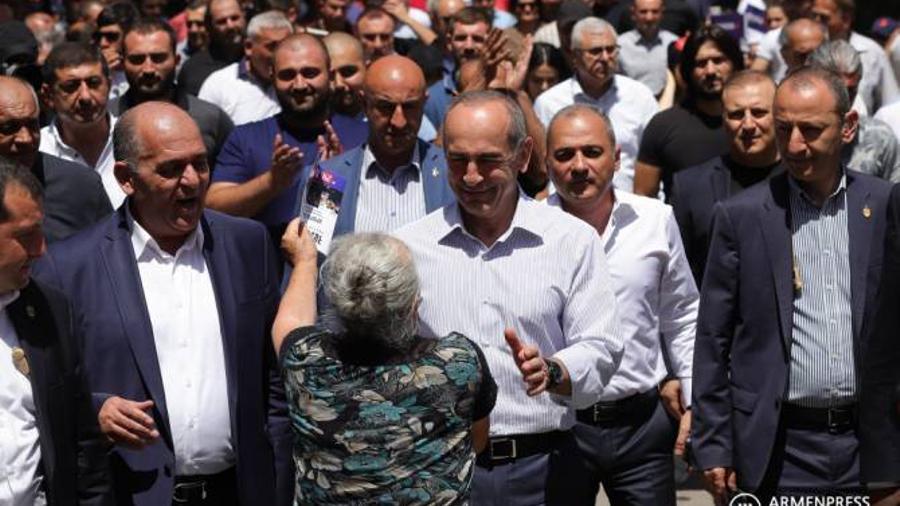 Քոչարյանը Վեդիում խոստացավ լուծումներ տալ գյուղացիների ոռոգման խնդիրներին |armenpress.am|