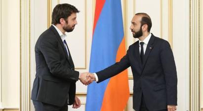 Արարատ Միրզոյանը հանդիպել է ԵԱՀԿ/ԺՀՄԻԳ դիտորդական առաքելության ղեկավարի հետ