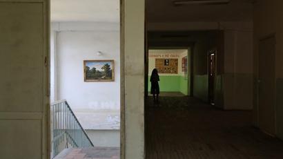 Երեխաները ստիպված են լինում հաճախել տնից հեռու դպրոց՝ բնակության վայրը հաշվի չառնելու պատճառով. ՀՀ մարդու իրավունքների պաշտպանի տարեկան հաղորդումը