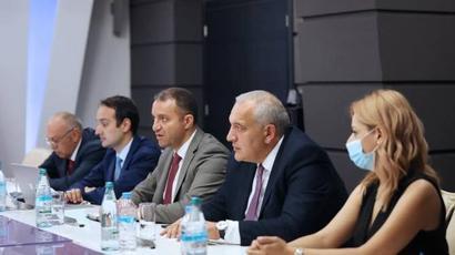 Վահան Քերոբյանը հանդիպել է Վրաստանի ֆինանսների նախարարի հետ. քննարկվել են տարանցիկ փոխադրումների խնդիրները