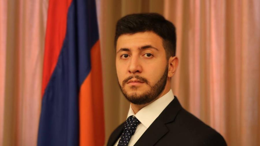 Հայ-ադրբեջանական սահմանի երկայնքով ռուս սահմանապահների տեղակայումն ուղիղ ճանապարհ է դեպի տապալված պետություն․ Արեգ Քոչինյան