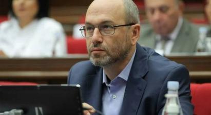 Գեղամ Նազարյանն առաջարկում է դադարեցնել բանակին ուղղված մեղադրանքները |armenpress.am|