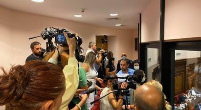 ԱԺ խորհրդի ընդունած որոշումը հակասում է «ԶԼՄ մասին» օրենքին․ ԱԺ-ում նախաձեռնվել է քննարկում՝ լրագրողների տեղաշարժի սահմանափակման վերաբերյալ