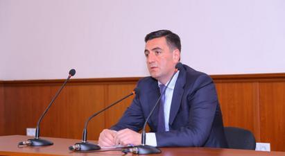 Էրեբունի վարչական շրջանի ղեկավարն ազատման դիմում է ներկայացրել