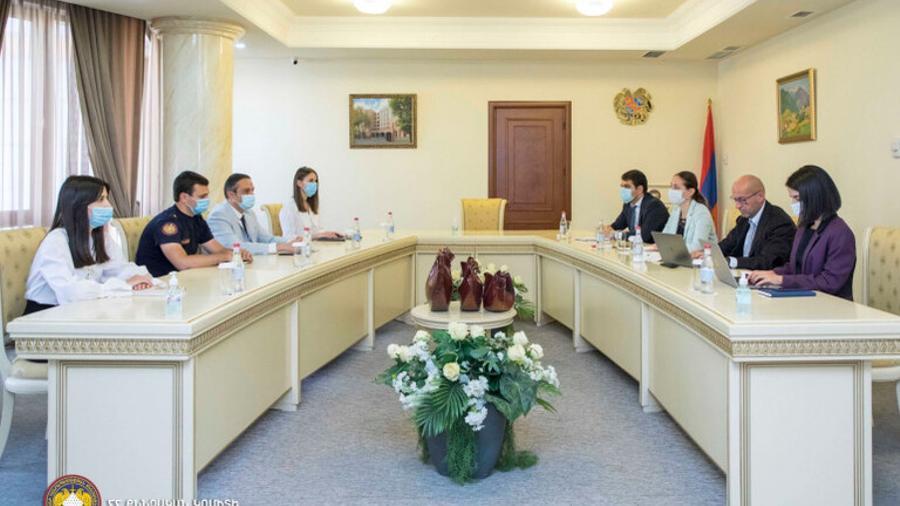 Քննչական կոմիտեում տեղի է ունեցել հանդիպում ԵԱՀԿ փորձագետ Մաուրիցիո Վարանեզեյի և ՀՀ ԱԳՆ ներկայացուցիչների հետ