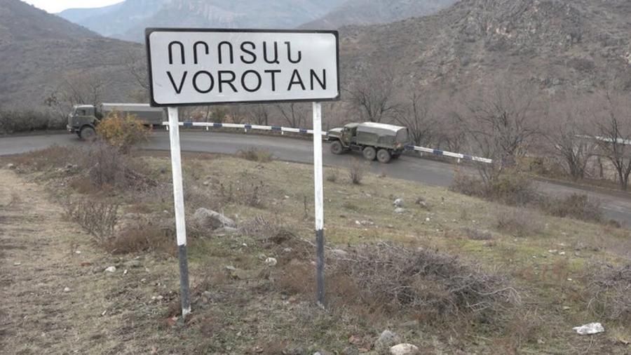 Որոտանի մոտ Ադրբեջանի ոստիկանությունը ստուգում է իրանական պետհամարանիշներով բեռնատարները․ ԱԱԾ