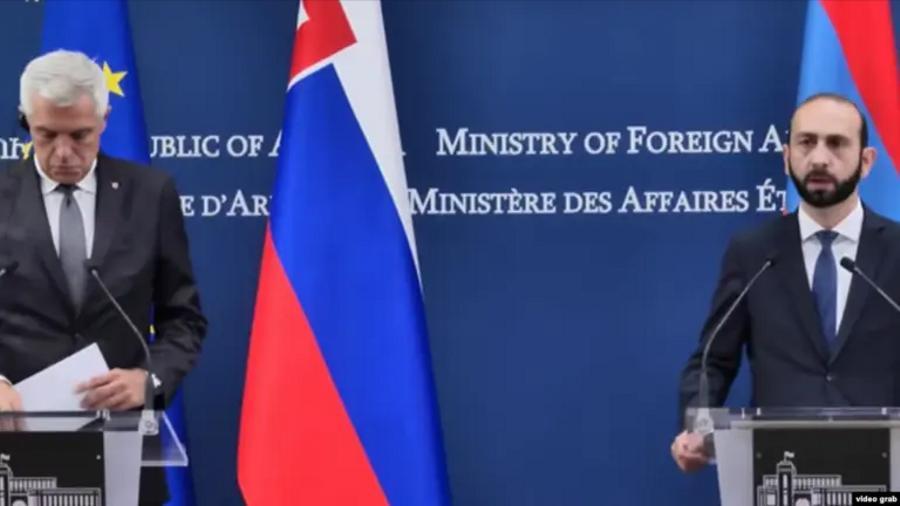 Կորչոկն ու Միրզոյանը քննարկել են տարածաշրջանում տիրող իրավիճակը |azatutyun.am|