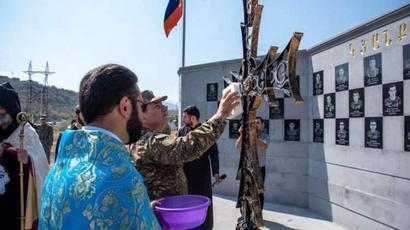 ԶՈւ զորամիավորումներից մեկի N զորամասում բացվել է պատերազմի զոհերին նվիրված հուշապուրակ