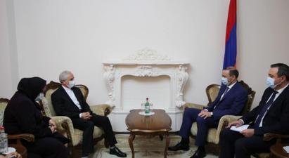 ՀՀ ԱԽ քարտուղարի հետ հանդիպմանը ԻԻՀ դեսպանը մտահոգություն է հայտնել Իրանը Հայաստանին կապող ենթակառուցվածքների օգտագործման շուրջ ծագած խնդիրների վերաբերյալ