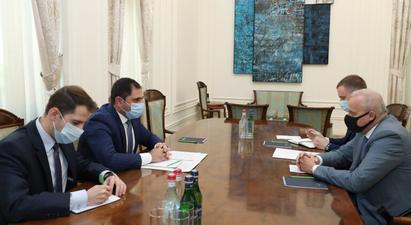 Փոխվարչապետ Սուրեն Պապիկյանն ընդունել է ՀՀ-ում ՌԴ դեսպանին, քննարկվել է նաև Գորիս-Կապան ճանապարհահատվածում ստեղծված իրավիճակը