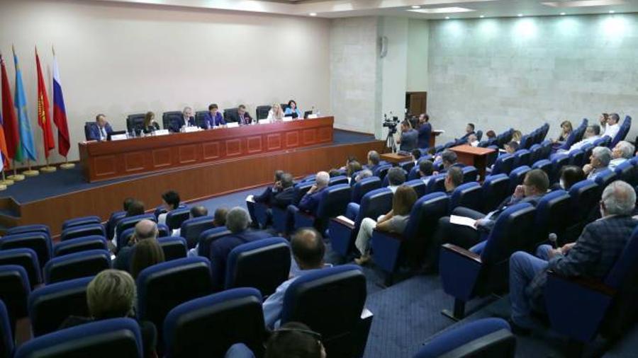 էկոնոմիկայի նախարարությունում գործարարների հետ քննարկվել են Հայաստան-ԵԱՏՄ համագործակցության հարցերը