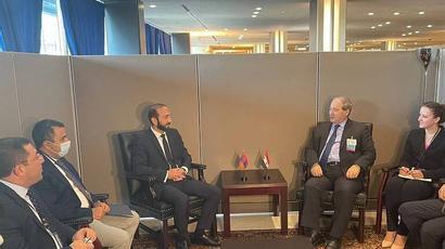ԱԳ նախարար Արարատ Միրզոյանի հանդիպումը Սիրիայի արտաքին գործերի և սփյուռքի նախարար Ֆեյսալ Ալ-Միկդադի հետ
