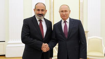 Armenian PM, Russian President meet in Kremlin