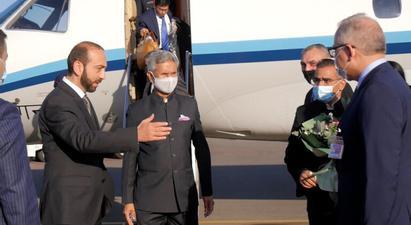 Հայաստան է ժամանել Հնդկաստանի ԱԳ նախարարը