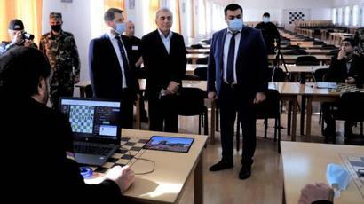 Հայ դատապարտյալները մասնակցում են շախմատի աշխարհի առաջին առցանց առաջնությանը․ Կարեն Անդրեասյանը հետևում է խաղին |armenpress.am|