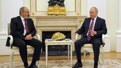 Pashinyan called the meeting with Putin effective