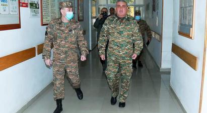 ՊԲ հրամանատարը այցելել է վիրավորում ստացած զինվորներին