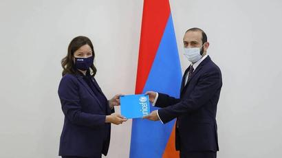 ԱԳ նախարար Արարատ Միրզոյանն ընդունել է Հայաստանում ՅՈՒՆԻՍԵՖ-ի ներկայացուցչին, ընդունել հավատարմագիրը