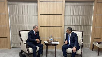 Ադրբեջանի և Թուրքիայի պաշտպանության նախարարները հանդիպում են անցկացրել Կովսականում   |tert.am|