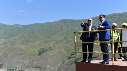 Հարավը կարող է համալիր զարգանալ. Արմեն Սարգսյանն այցելել է Զանգեզուրի պղնձամոլիբդենային կոմբինատ |armenpress.am|