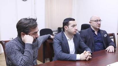 Մխիթար Հայրապետյանը հանդիպել է թատրոնների տնօրենների հետ