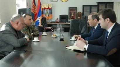 Արցախի ՊԲ հրամանատարը հանդիպել է Արմեն Գրիգորյանի հետ