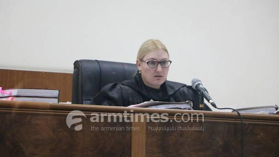 Դատարանը հեռացավ խորհրդակցական սենյակ՝ մեղադրող դատախազների բացարկի միջնորդության վերաբերյալ որոշում կայացնելու |armtimes.com|